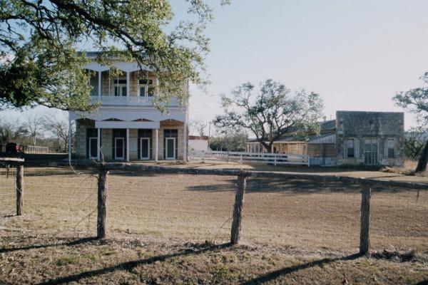 Morris Ranch, aufgelassene Trabrennbahn, Fredericksburg, im Gillespie County, Texas, USA
